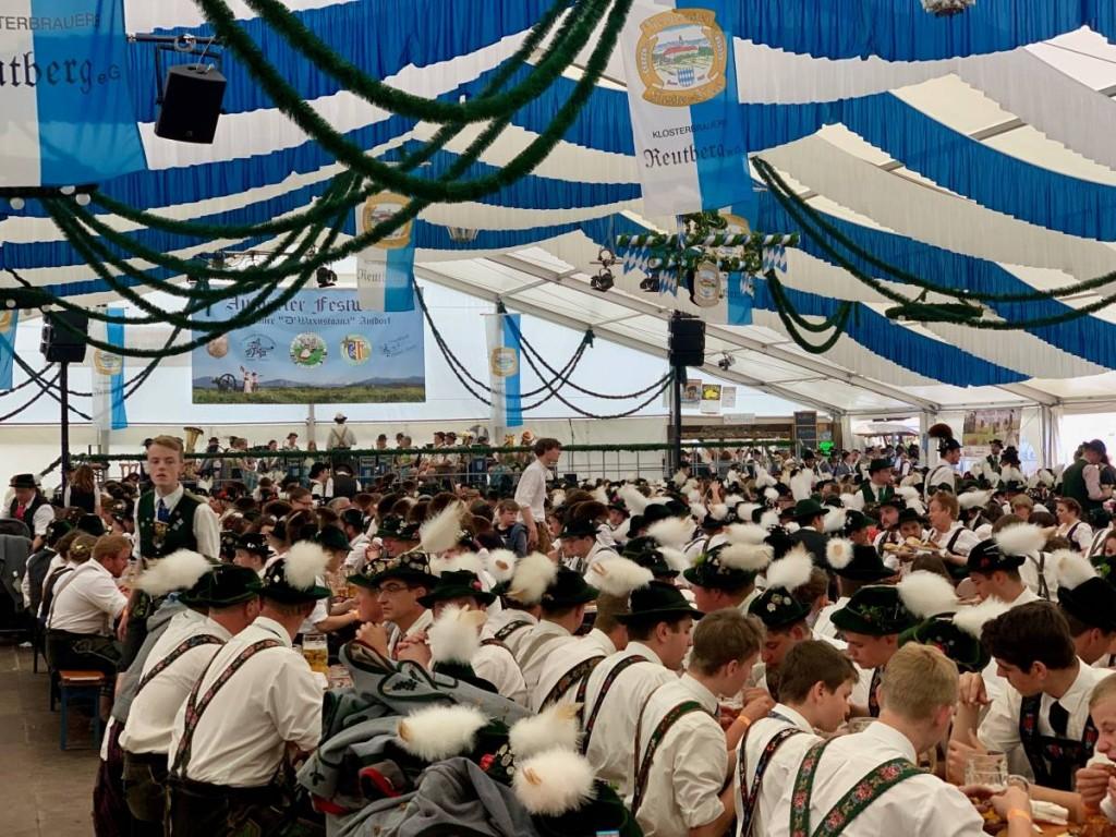 Schuhplattler Weltrekord in Antdorf!